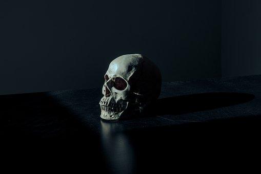 creepy-1867707__340