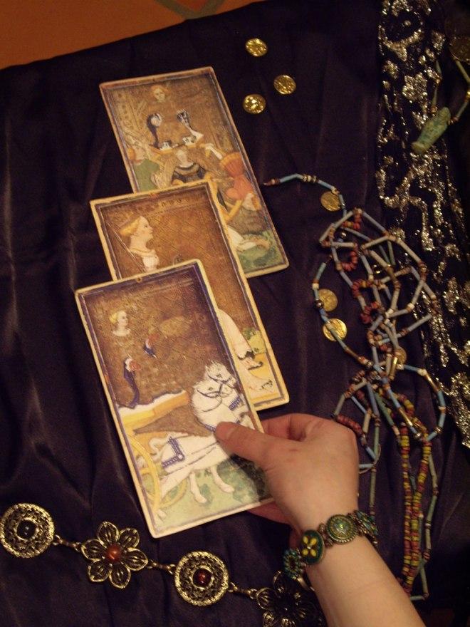 old-tarot-cards-6781278435810ZqvD.jpg