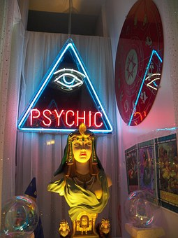 psychic-72085__340.jpg